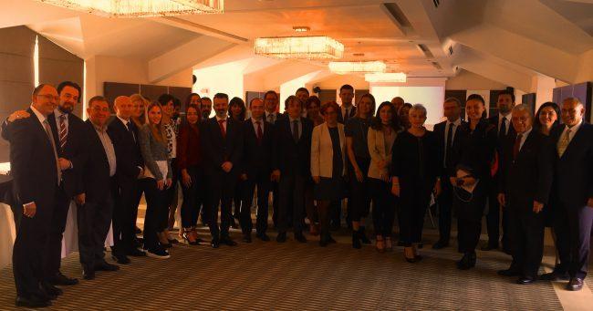"""""""Tıbbi Cihaz Sektörünün Sorunları ve Çözüm Önerileri"""" Toplantısı Ankara'da Yapıldı"""