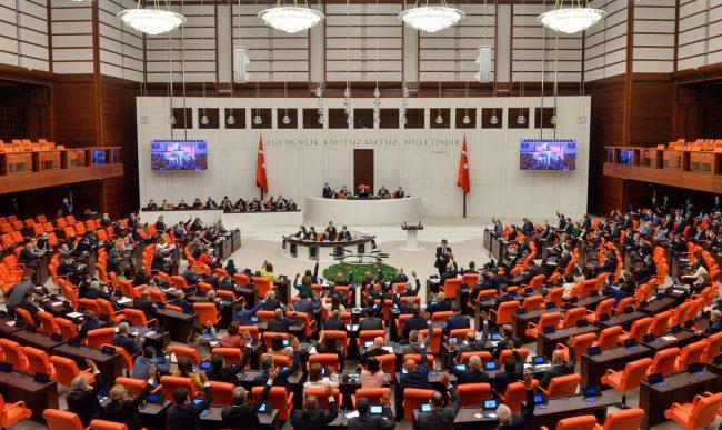 Paris İklim Anlaşması TBMM Genel Kurul'da kabul edildi.